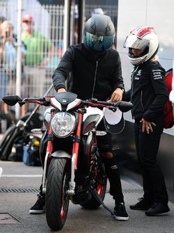 Lewis Hamilton, Mercedes AMG F1, MV Agusta Custom Dragster RR LH44 Superbike