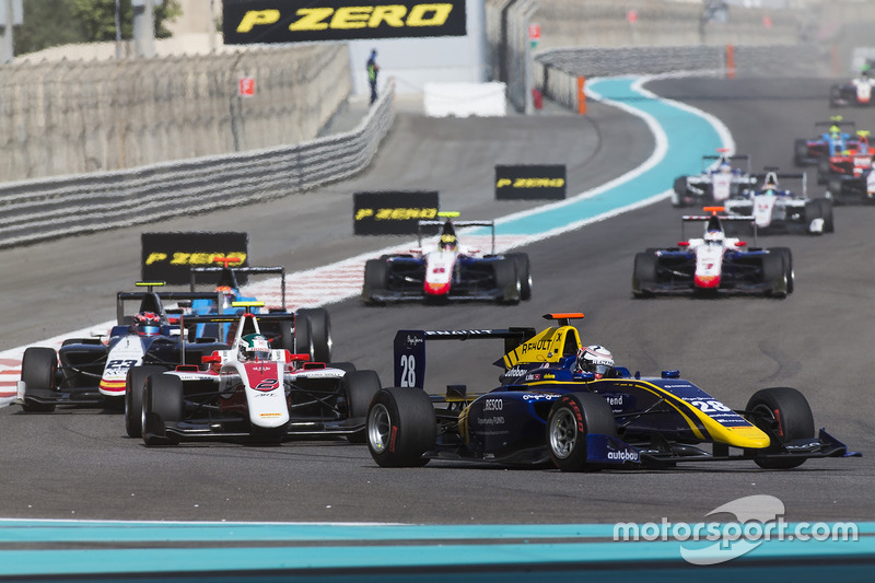 Kevin Joerg, DAMS leads Nirei Fukuzumi, ART Grand Prix & Steijn Schothorst, Campos Racing