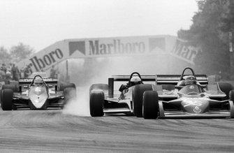 Elio de Angelis, Shadow DN9 colpisce Bruno Giacomelli, Alfa Romeo 177