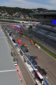 Main straight and freight