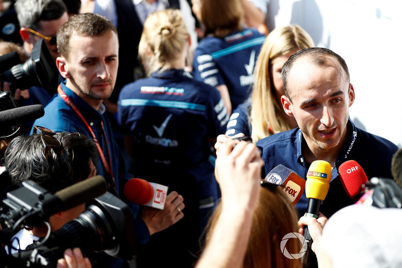 Robert Kubica, Williams Racing, talks to the press