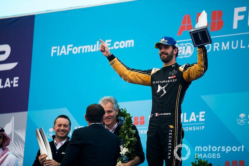 Jean-Eric Vergne, DS TECHEETAH celebrates second position on the podium