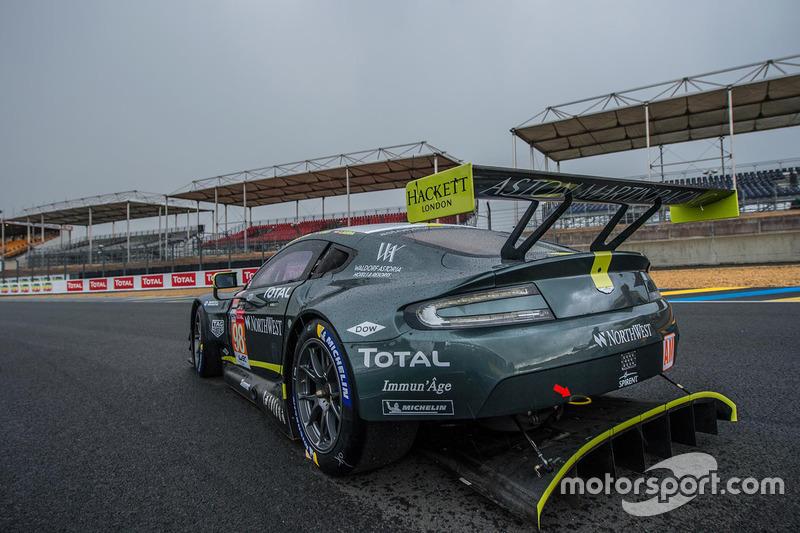 Pedro Lamy: #98 Aston Martin Racing Aston Martin Vantage