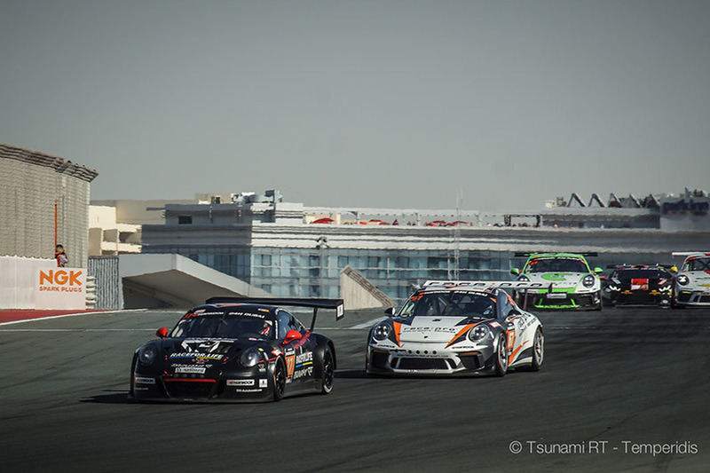 Команда Tsunami RT на 24 годинах Дубая