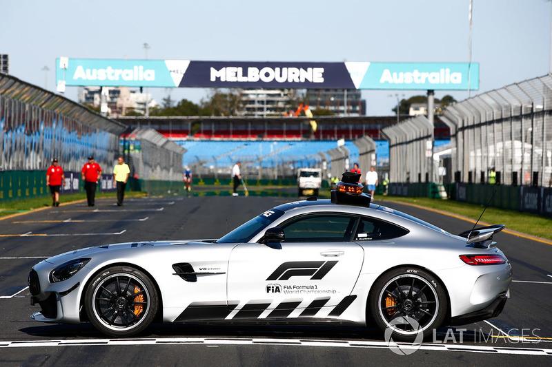 fia formula 1 mercedes amg gtr safety car at australian gp. Black Bedroom Furniture Sets. Home Design Ideas
