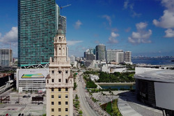 Miami: Freedom Tower, Biscayne Boulevard und American Airlines Arena
