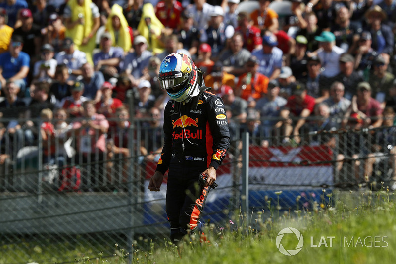 Daniel Ricciardo, Red Bull Racing après son abandon