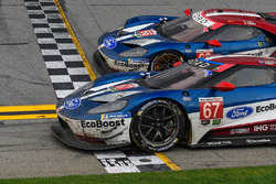 #67 Chip Ganassi Racing Ford GT, GTLM: Ryan Briscoe, Richard Westbrook, Scott Dixon, #66 Chip Ganass