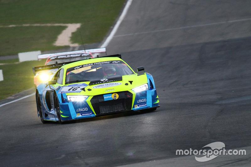 30. #16 Twin Busch Motorsport, Audi R8 LMS