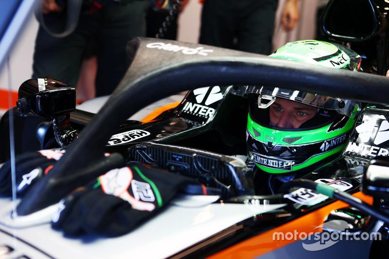 Nico Hulkenberg, Sahara Force India F1 VJM09, in pista con il dispositivo Halo