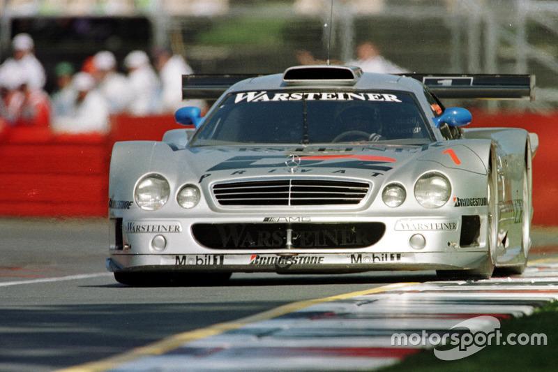 Mark Webber demuestra la CLK