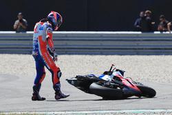 MotoGP 2018 Motogp-dutch-tt-2018-danilo-petrucci-pramac-racing-after-the-crash