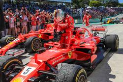 Race winner Sebastian Vettel, Ferrari SF70H in parc ferme