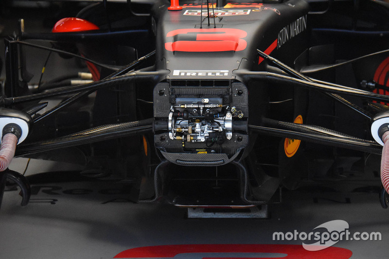 Detalle de la suspensión delantera Red Bull Racing RB14