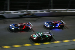 #66 Chip Ganassi Racing Ford GT, GTLM: Dirk Müller, Joey Hand, Sébastien Bourdais #48 Paul Miller Ra