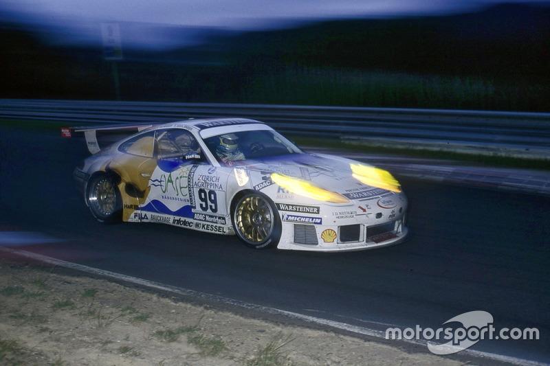 2000: Бернд Майлендер, Михаэль Бартельс, Уве Альцен, Альтфрид Хегер – Porsche 911 GT3-R