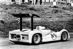 Phil Hill, Chaparral 2E-Chevrolet