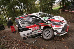The car of Juho Hänninen, Kaj Lindström, Toyota Yaris WRC, Toyota Racing after the crash