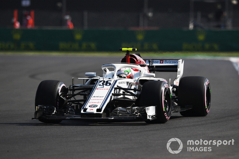 17. Antonio Giovinazzi, Sauber C37