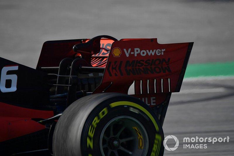Ferrari SF90 rear wing