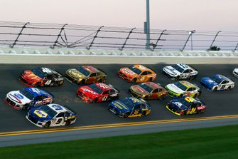 Chase Elliott, Hendrick Motorsports, Chevrolet Camaro NAPA AUTO PARTS, Ryan Preece, JTG Daugherty Racing, Chevrolet Camaro Kroger.com