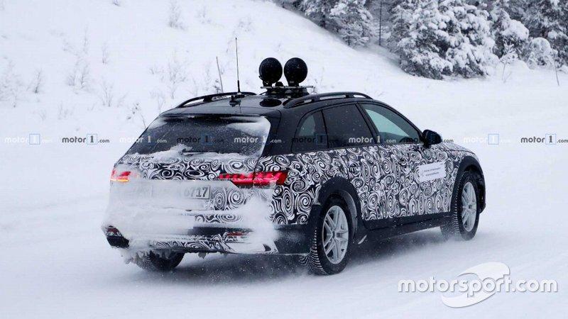 Шпигунське фото Audi A4 Allroad 2020 року