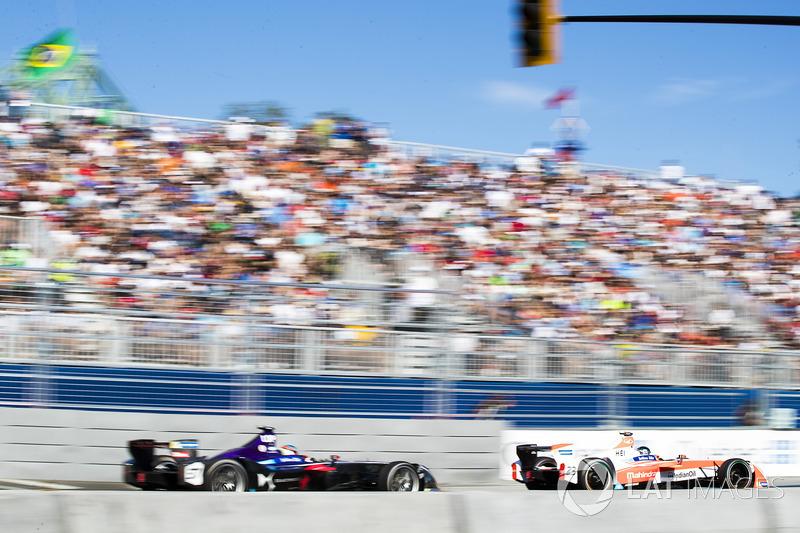 Jose Maria Lopez, DS Virgin Racing, Nick Heidfeld, Mahindra Racing