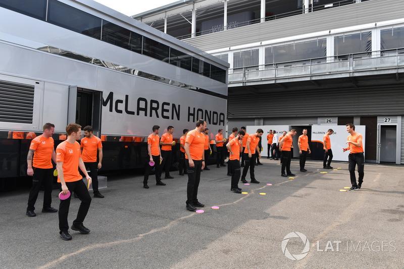 Механіки McLaren