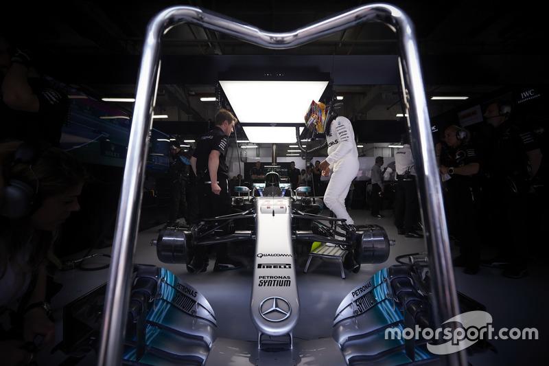 Гран Прі Китаю. Льюіс Хемілтон, Mercedes AMG
