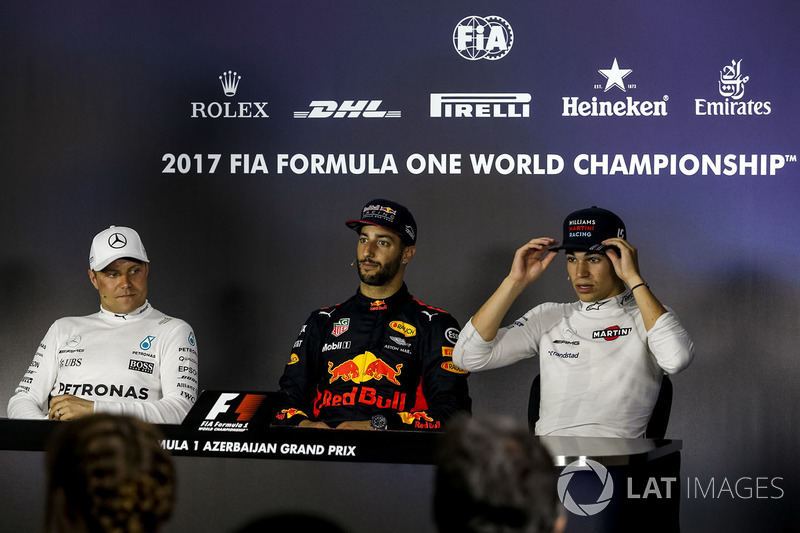 Valtteri Bottas, Mercedes AMG F1, Daniel Ricciardo, Red Bull Racing y Lance Stroll, Williams