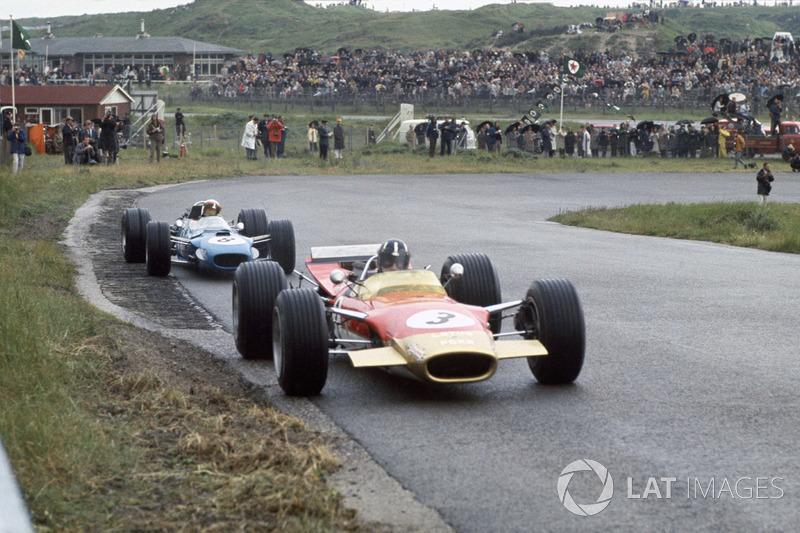 Грем Хілл, Lotus 49B-Ford, Джекі Стюарт, Matra MS10-Ford