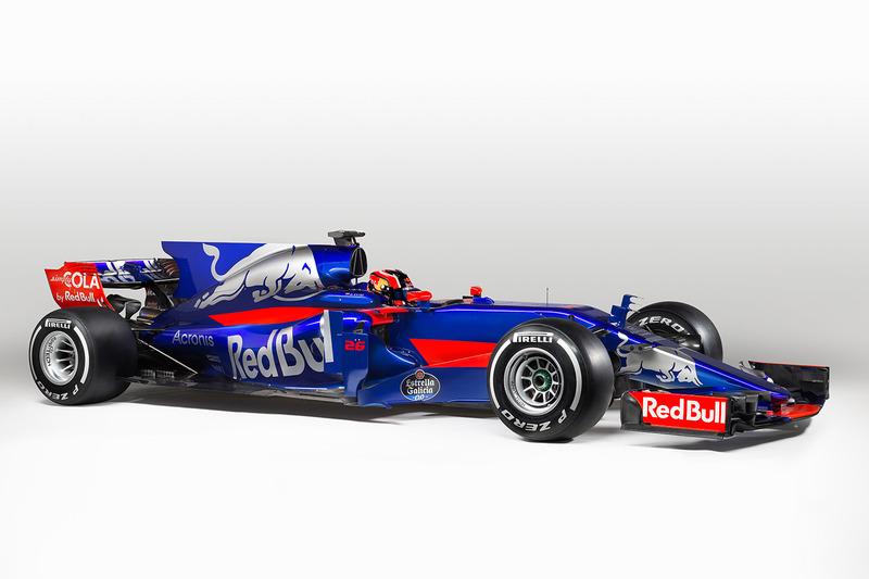 Daniil Kvyat zal de wagen met nummer 26 besturen.