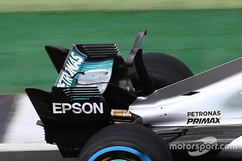 Т-крыло на Mercedes AMG F1 W08