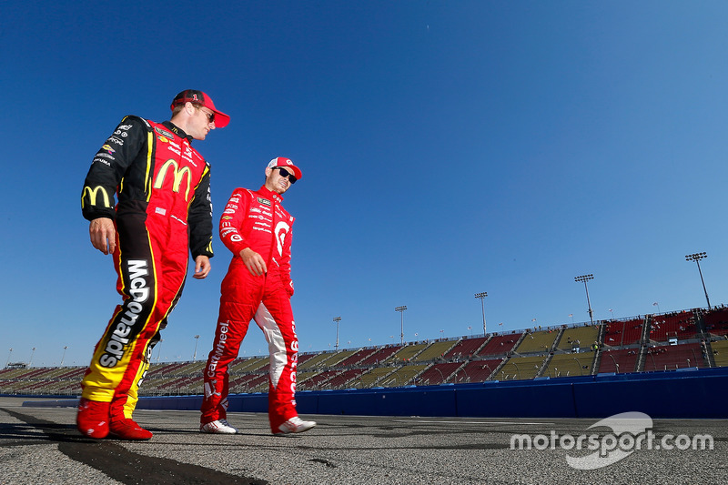 Kyle Larson, Chip Ganassi Racing, Chevrolet; Jamie McMurray, Chip Ganassi Racing, Chevrolet