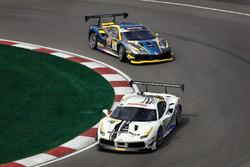 #70 Scuderia Corsa - Ferrari of Silicon Valley: Cooper Macneil, #13 Ferrari of Ontario: Marc Muzzo