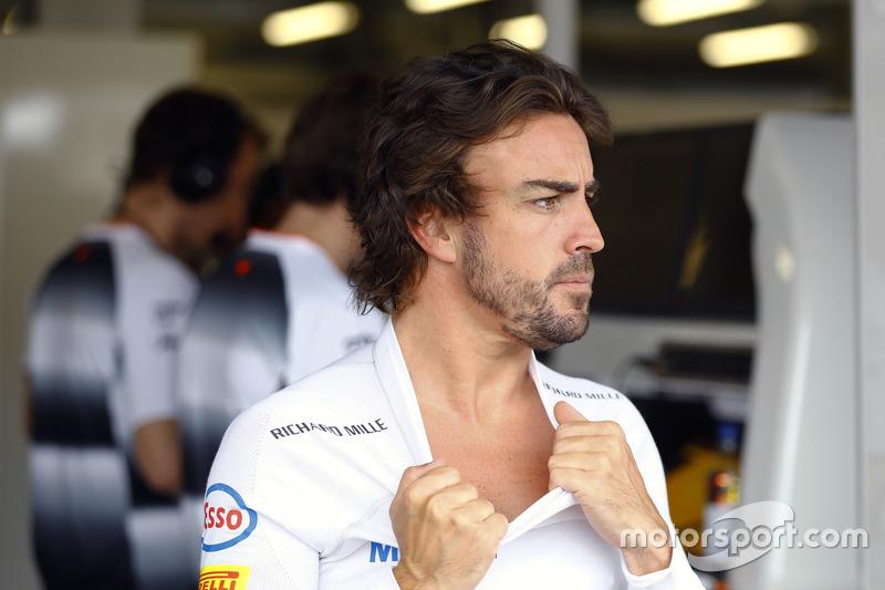 Y la cruz en Azerbaiyán le toca esta vez a Alonso