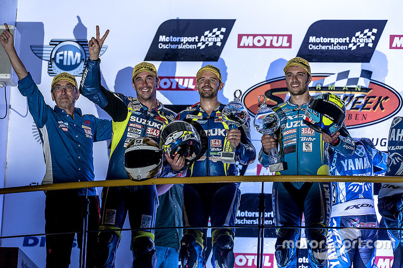 Podium: #1 Suzuki Endurance Racing Team, Suzuki GSX R 1000: Vincent Philippe, Anthony Delhalle, Etienne Masson