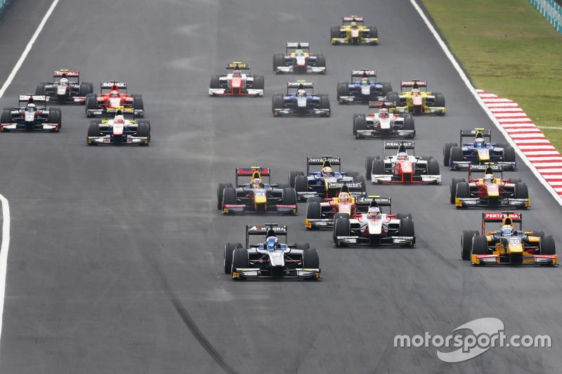 Raffaele Marciello, RUSSIAN TIME, vor Pierre Gasly, PREMA Racing