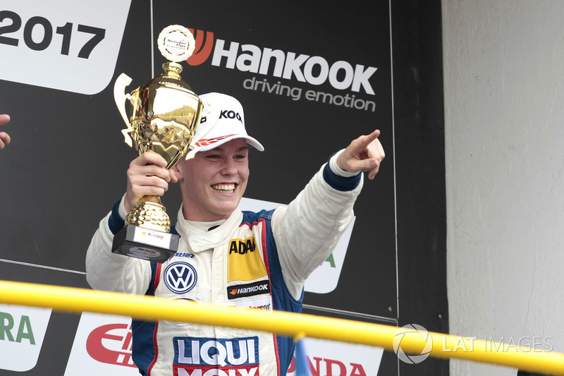 Podium: 3. Luca Engstler, Liqui Moly Team Engstler, VW Golf GTI TCR
