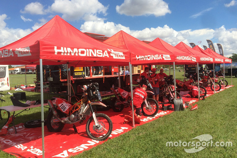 Himoinsa Racing team area