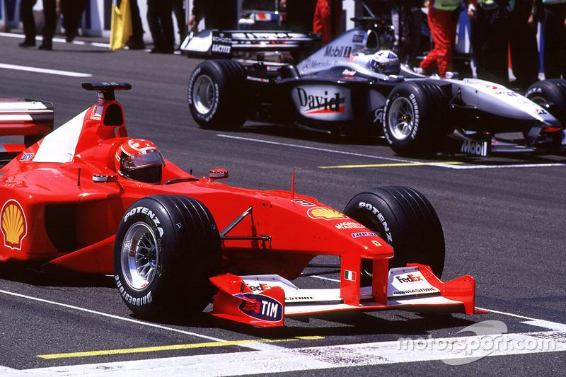 Michael Schumacher et David Coulthard au départ du GP de France