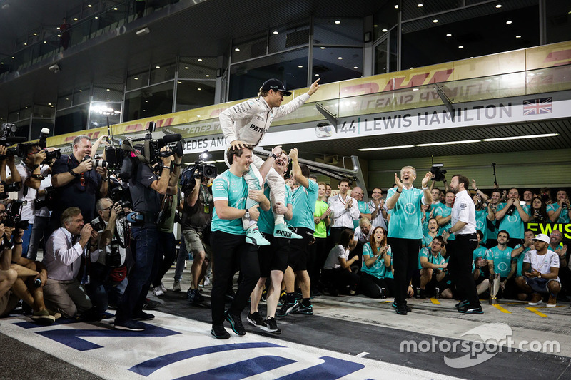 Nico Rosberg, Mercedes AMG F1 celebra su campeonato con el equipo