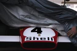 La Ferrari 312B prima delle prime sessioni di qualifiche al Grand Prix Historique di Montecarlo 2016