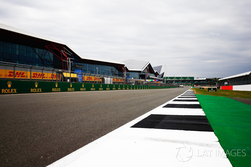 Calendario Gp F1.Motorsport Network One Team One World