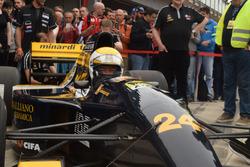 Gian Carlo Minardi sulla Minardi M192-Lamborghini a Imola