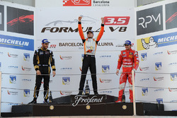 Podium: Race winner and Champion Tom Dillmann, AVF; second place Roy Nissany, Lotus; third place Pietro Fittipaldi, Fortec Motorsports