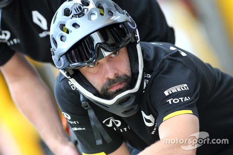 Renault Sport F1 Team mechanic