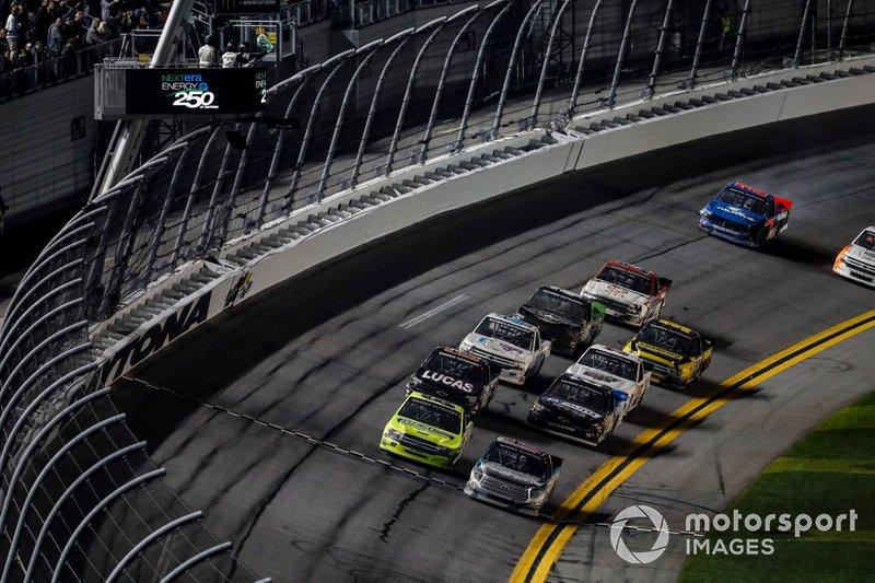 Matt Crafton, ThorSport Racing, Ford F-150, Austin Hill, Hattori Racing Enterprises, Toyota Tundra CHIBA Toyopet