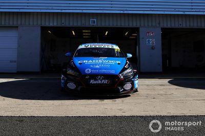 BTCC Silverstone Día de Medios