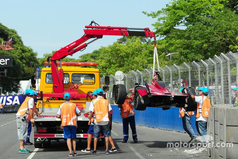 Unfallauto von Loic Duval, Dragon Racing